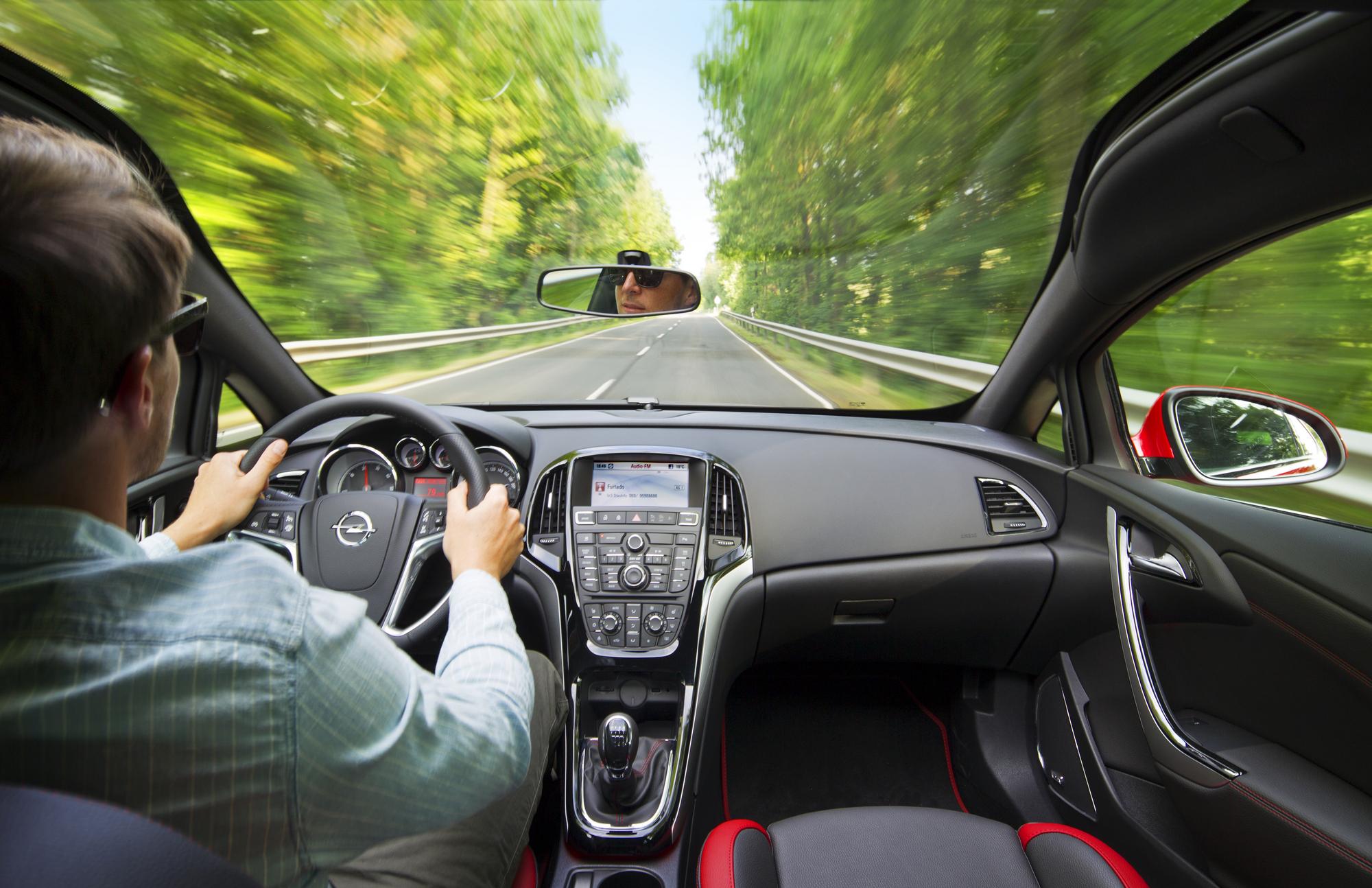 Gla 2018 Interior >> Opel Introduces 195hp, 2.0l Biturbo Diesel on Astra GTC slideshow :: autoviva.com