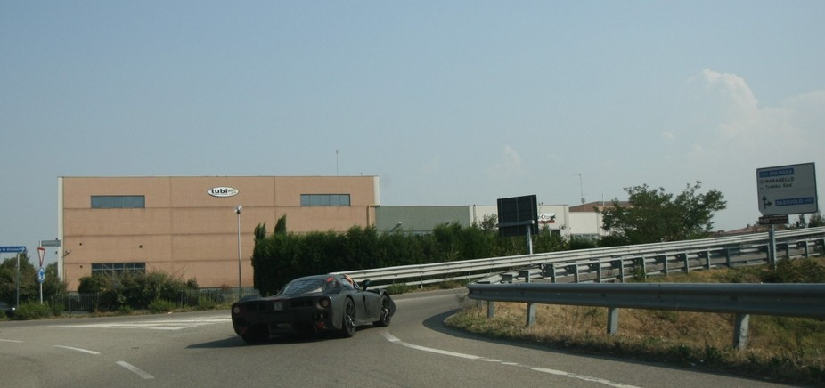New Ferrari Enzo / F70 spotted in Maranello