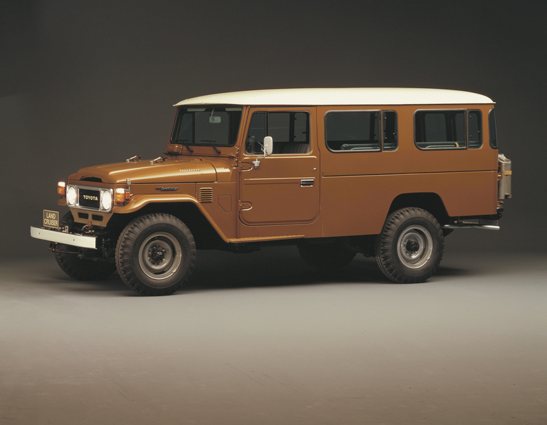 Toyota Landcruiser Estate