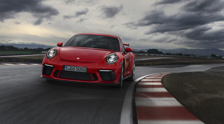 We decided to gather four reasons why you will love the new 2017 Porsche 911 GT3