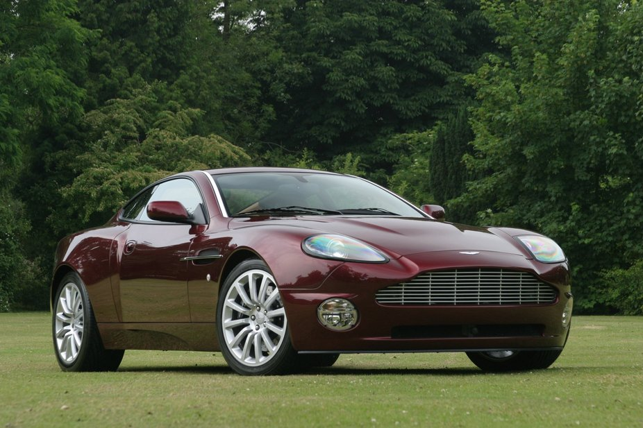 Aston Martin Vanquish Will Replace DBS With Video News - 2004 aston martin vanquish