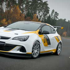 Opel has several teams competing with the Opel Astra OPC Cup