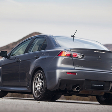 Mitsubishi Lancer Evolution MR Touring