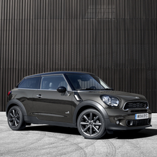 New Paceman also gets a new upgraded four-cylinder gasoline direct injection engine in order to meet EU6 emission standards