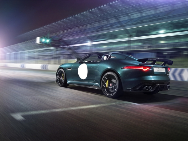 O super-roadster F-Type Project 7 vai ser o primeiro projeto da Special Vehicle Operations