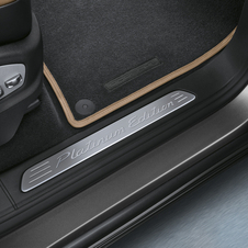 The edition gets special doorsill plates with the Platinum Edition logo