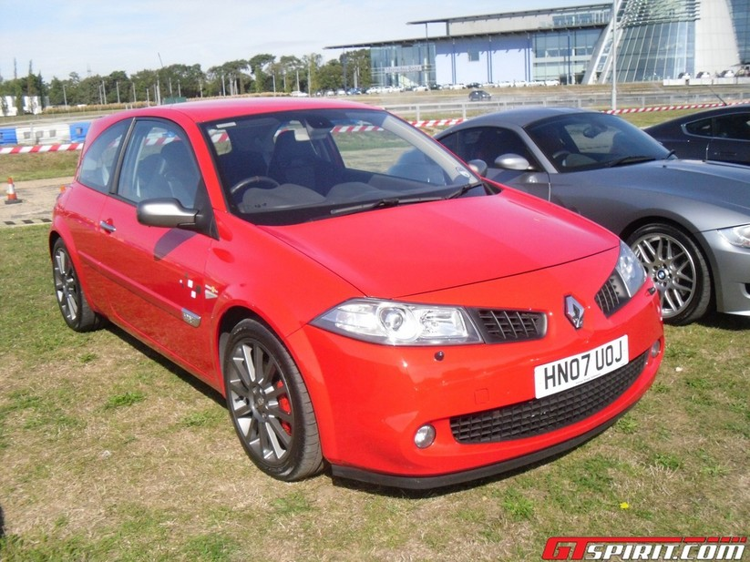 2003 renault megane ii sport hatch 2 0t related infomation specifications weili automotive network. Black Bedroom Furniture Sets. Home Design Ideas