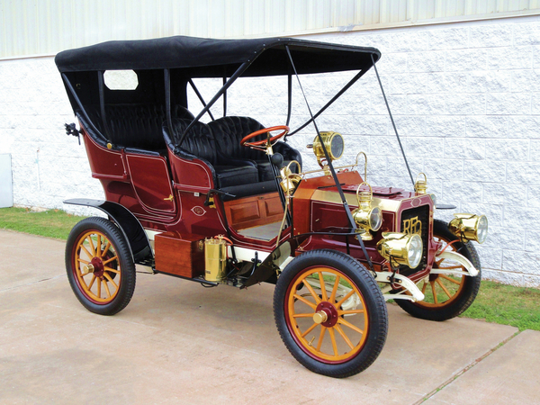 REO Two-Cylinder Five-Passenger Detachable Tonneau