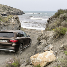 Shortly there is also a scheduled launch of a hybrid plug-in version, the GLC 350 e