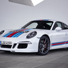 Porsche 911 Carrera S PDK Martini Racing Edition