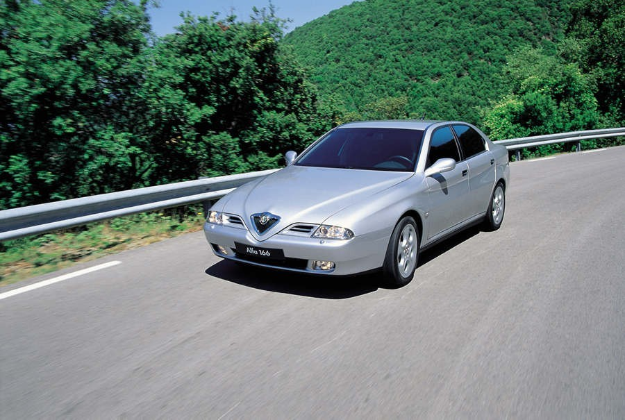 Alfa Romeo 166 2.5 V6 24v Sportronic :: 2 photos and 76 specs ...