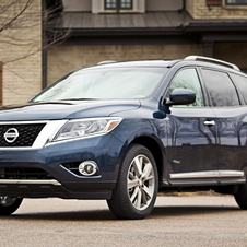 This is the first generation that the Pathfinder has received a hybrid model