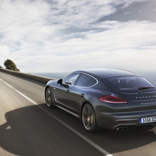 Panamera Turbo S é 50cv mais potente que a versão Turbo