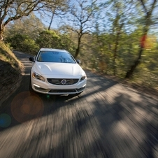 Volvo V60 Cross Country D4 Momentum