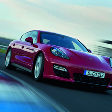 Porsche unveils most powerful Panamera in LA