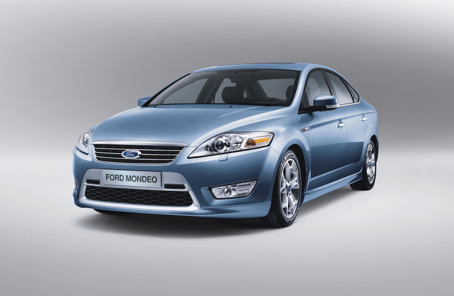Ford Mondeo Saloon 1.8 TDCi