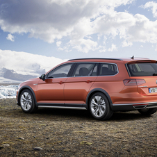 The differences between the Passat sportswagon and the Alltrack are visible, but are not limited to design