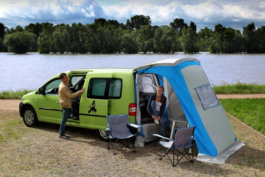 volkswagen caddy tramper maxi 1 6 tdi startline dsg 1. Black Bedroom Furniture Sets. Home Design Ideas