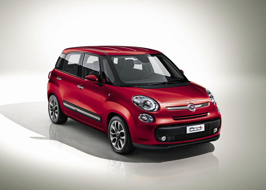 fiat 500l four door officially coming to geneva news. Black Bedroom Furniture Sets. Home Design Ideas
