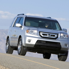 Honda Pilot Touring 4WD 5-Spd AT