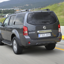Nissan Pathfinder 2.5 dCi 190cv AT LE 7L
