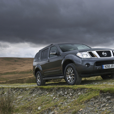 Nissan Pathfinder 3.0 V6 dCi AT LE 7L