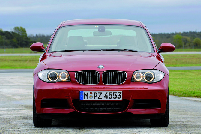 car collection 2011 bmw 120d coupe cars review and specification. Black Bedroom Furniture Sets. Home Design Ideas
