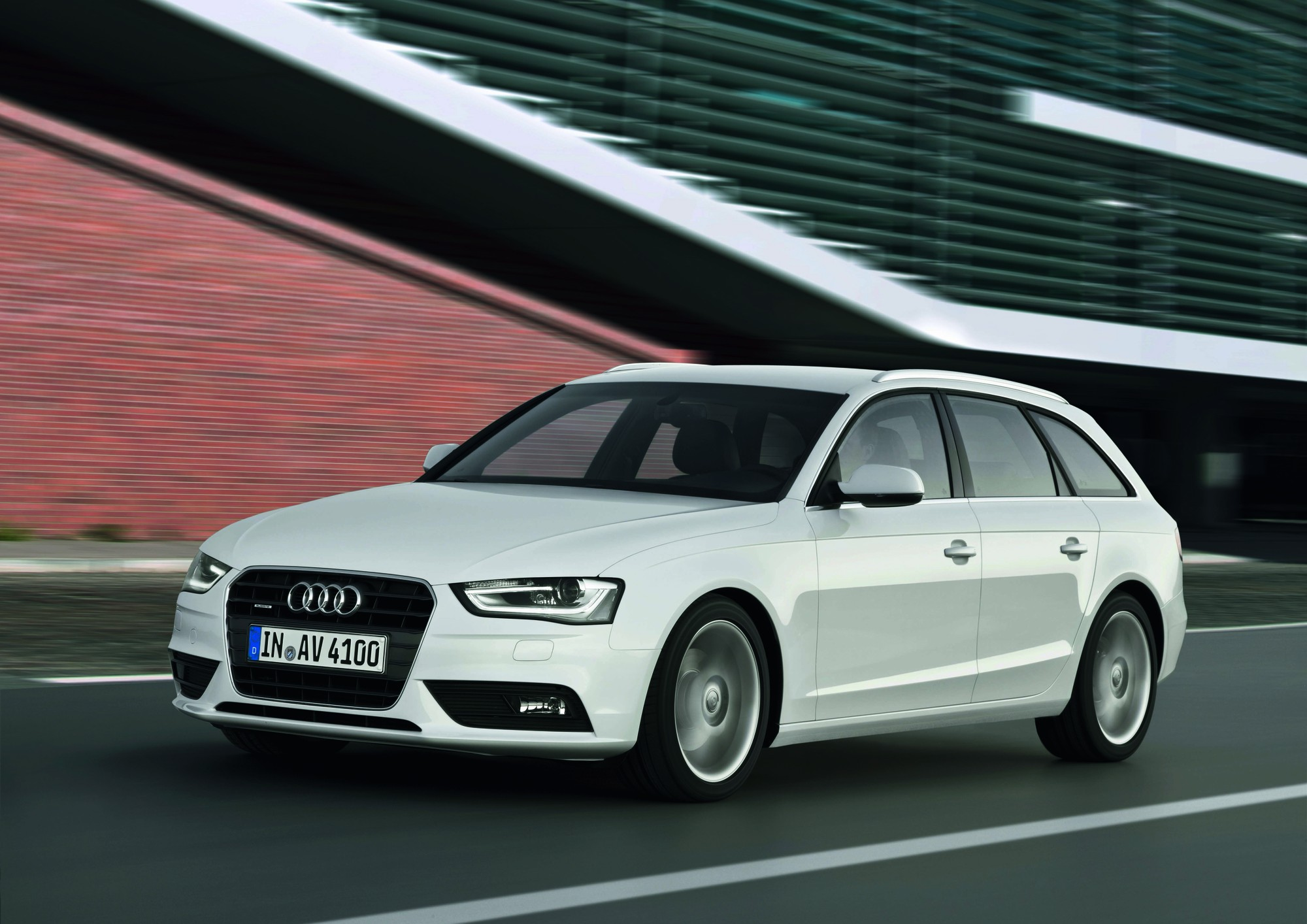 audi a4 avant 2 0 tfsi attraction quattro s tronic slideshow. Black Bedroom Furniture Sets. Home Design Ideas