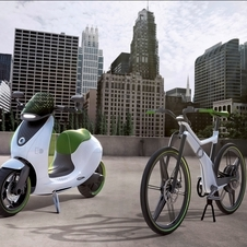 The eScooter posing with the Smart eBike that was released earlier this year