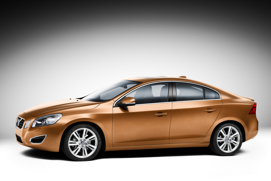 Volvo S60 T3 Automatic :: 1 photo and 10 specs :: autoviva.com