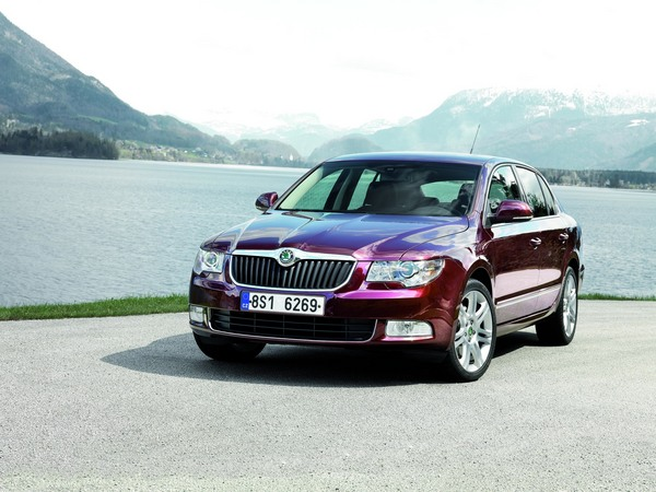 Skoda Superb 2.0I TDI CR 140hp DSG Elegance