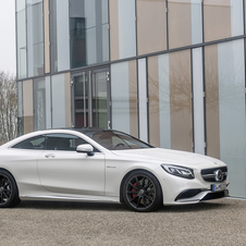 En option : la transmission intégrale 4MATIC AMG axée sur les performances