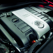 Volkswagen markets its direct injected engines as FSI