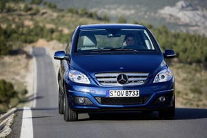Mercedes-Benz B 180 NGT BlueEfficiency Autotronic