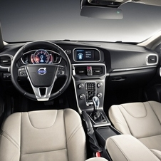 More Photos of Next Generation Volvo V40 Leaked Including Interior Images