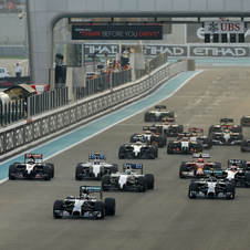 The title fight began to be decided in the start, with a poor effort from Rosberg putting him behind his teammate