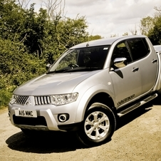 Mitsubishi L200 2.5 DI-D DbleCab Warrior Long