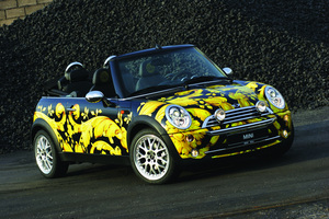 MINI (BMW) MINI Life Ball Versace