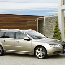 Volvo V70 D5 Momentum AWD Geartronic