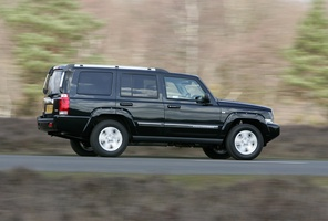 Jeep Jeep Commander Limited 4X4