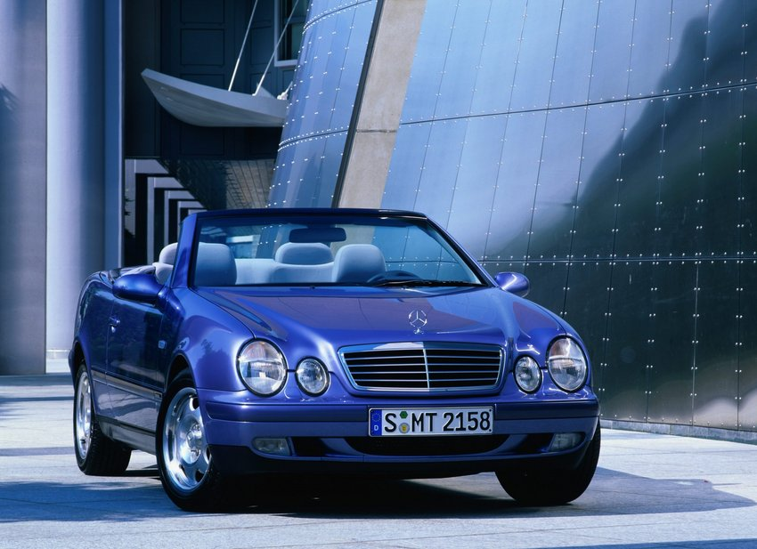 mercedes benz clk 200 kompressor cabriolet automatic 1. Black Bedroom Furniture Sets. Home Design Ideas