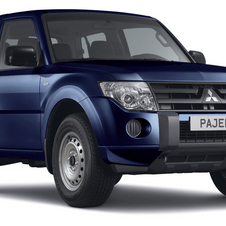 Mitsubishi Pajero 3.2 Di-D 200cv AT Intense