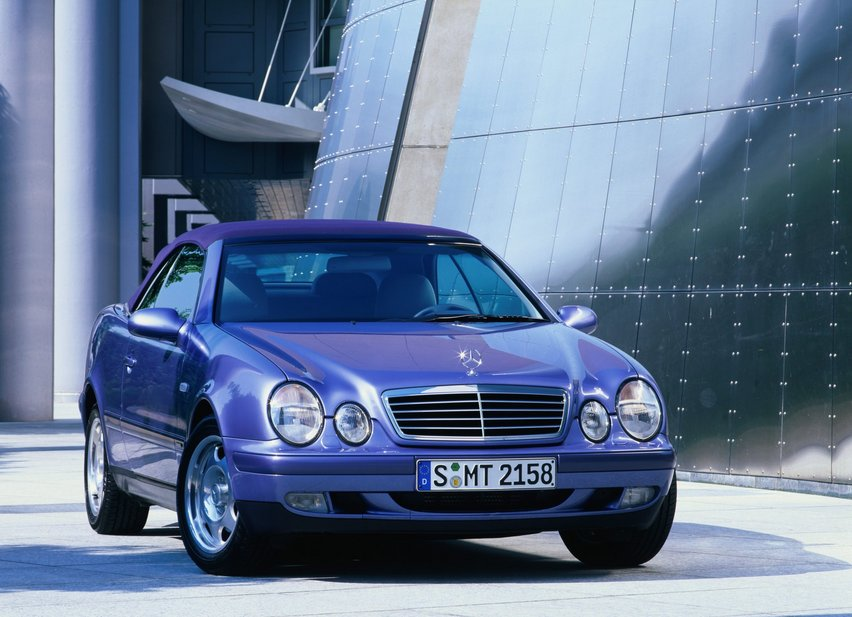 Mercedes-Benz CLK 230 Kompressor Cabriolet AT. basic info. spec rating