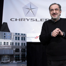 Sergio Marchionne will continue to be CEO of both companies even if Fiat does not buy it.