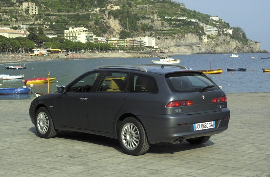 alfa romeo 156 1 6 16v twin spark sportwagon progression 1 photo and 16 specs. Black Bedroom Furniture Sets. Home Design Ideas