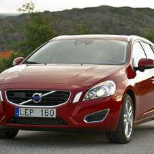 Volvo V60 D2 Summum Powershift