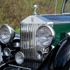 Rolls-Royce 25/30 Sports Saloon by James Young