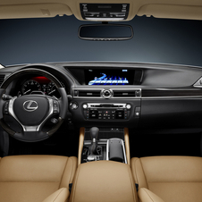 New Lexus GS Shows Off New Styling