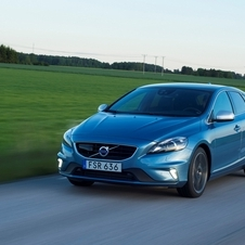 Volvo V40 D2 R-Design Geartronic