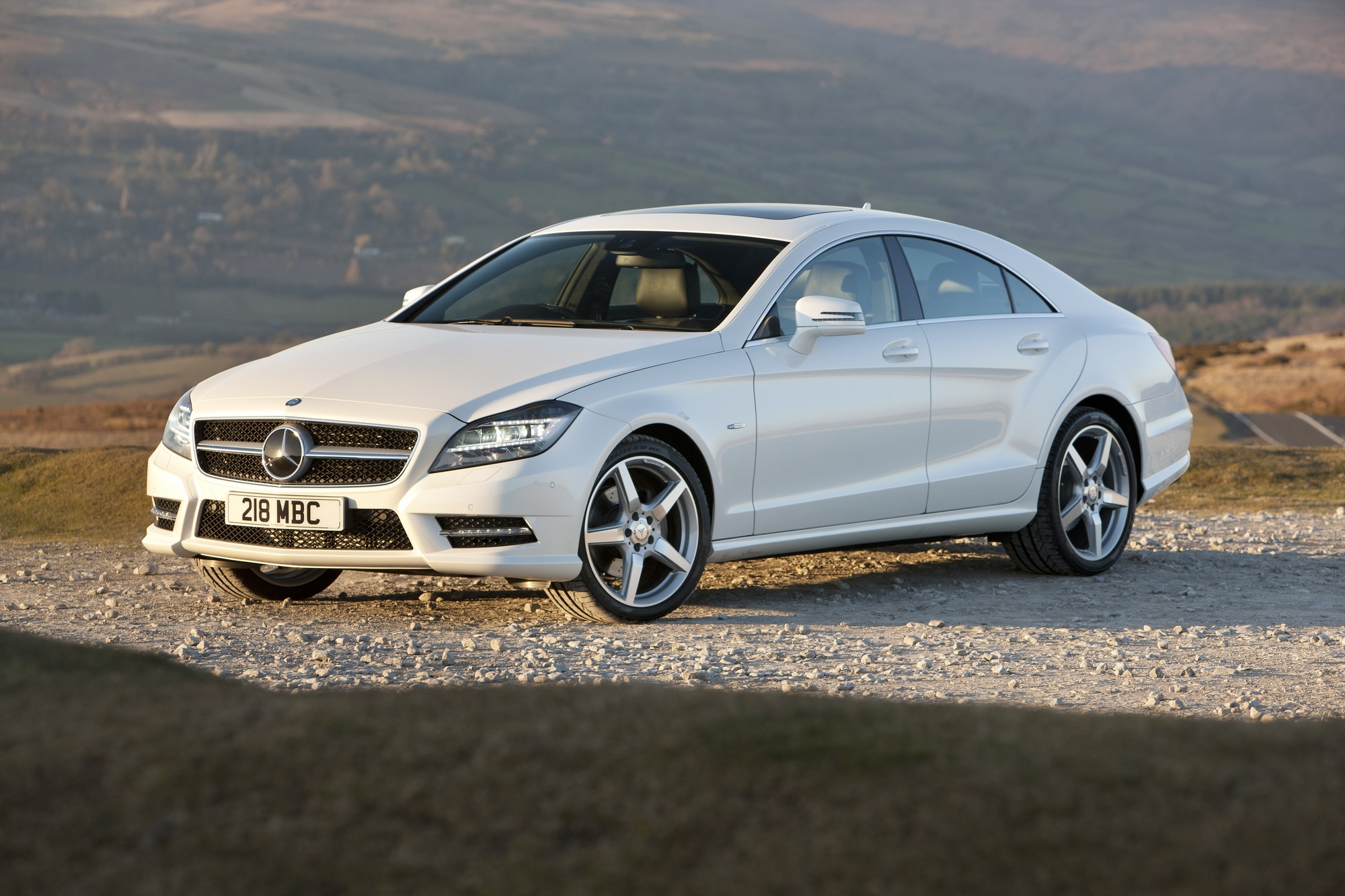 Mercedes benz cls 250 cdi blueefficiency sport slideshow for Mercedes benz cls 250 price